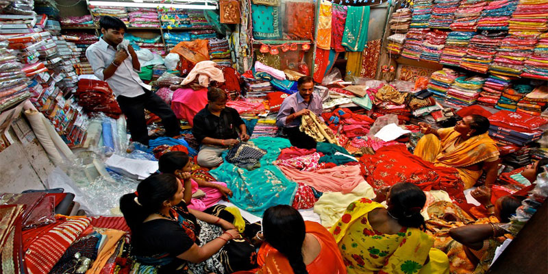 Put Your Shopping Spree to Next level, with the Best Cloth Markets in Delhi